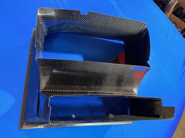 Luftführung Wasserkühler DTM Gr.A aus Carbon 91-92