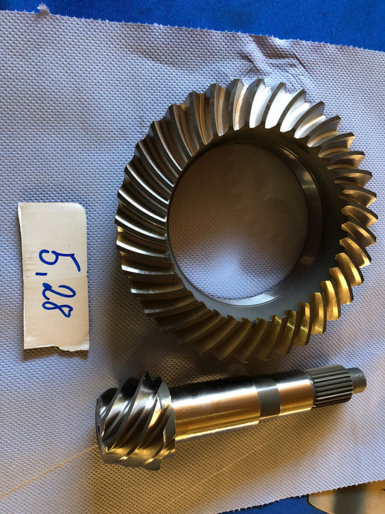 Originale BMW Motorsport Differential Übersetzungen